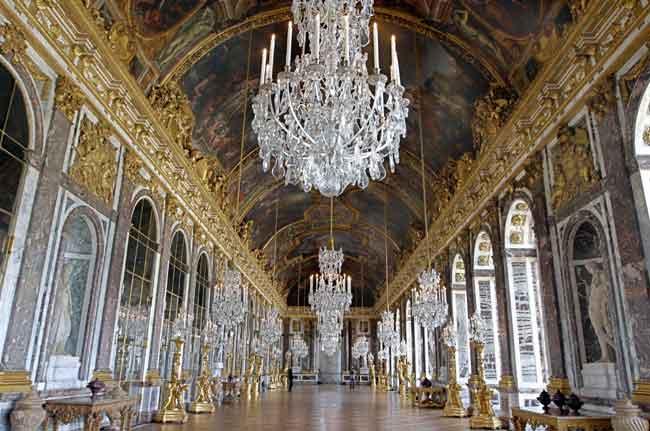 Palacio Edad Media en la Edad Media no Existían